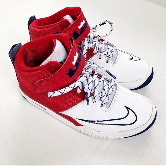 e7982e40d1f3 Nike Air LeBron 13 Akronite Shoe. M 5acbe46ba825a6dad7fc7d20